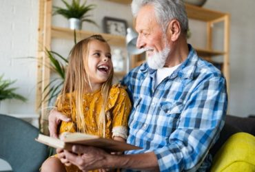 Biblioteka dla seniora. Poznaj książki z dużą czcionką!